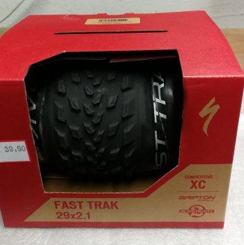 A vendre pneu VTT neuf et chaussures