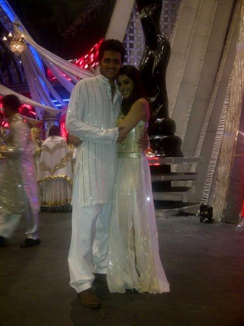 Ritesh & Genelia rehearsing for Filmfare Awards