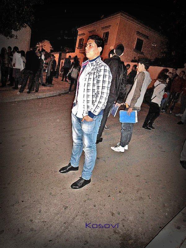 ♥ Yehsseen 3auneeek Ya Me9hooor Menii ♥ ♥ 3andni U La Thsdniii♥  Akhiir Photo F 2012