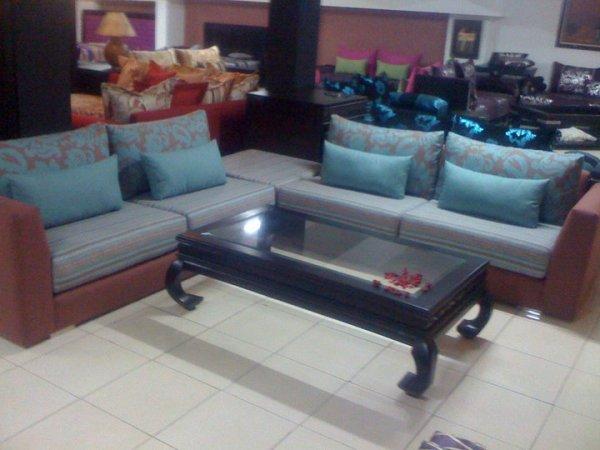 salon moderne c18 salons marocains 2017 2018 salon marocain. Black Bedroom Furniture Sets. Home Design Ideas