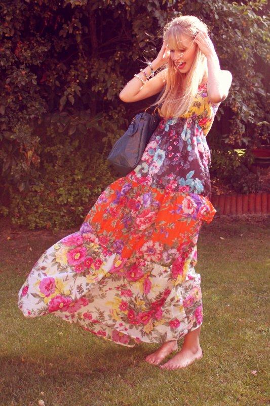 Spring 2010 - Moi ~ In the garden