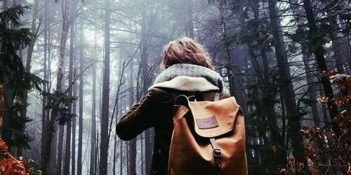 ❥ ℰn vérité, tout le monde vous fera souffrir, il suffit juste de trouver ceux qui en valent la peine.
