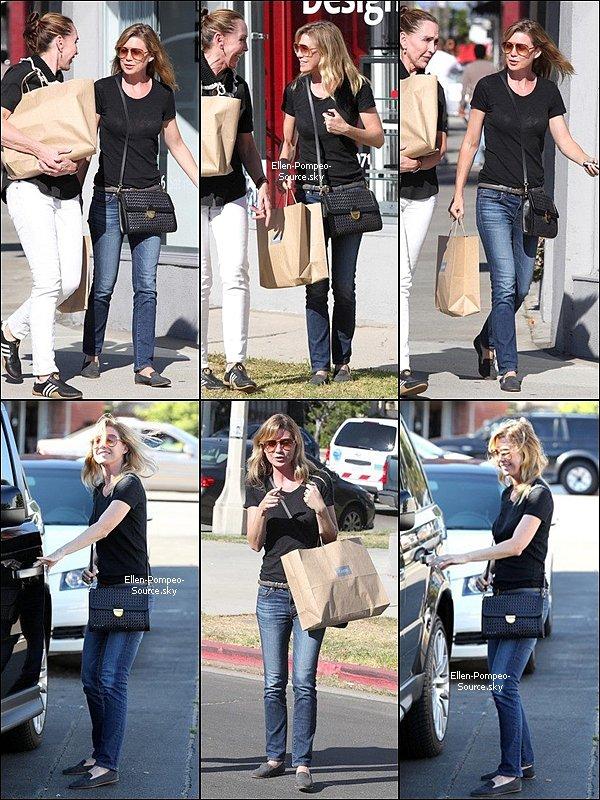 06/07 Ellen a été vue faisant du shopping dans les rues de LA en compagnie d'une amie.