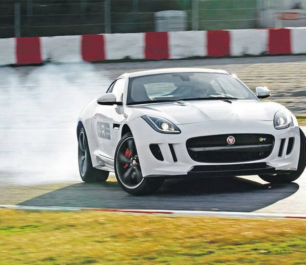 Jaguar F Type R Coupe Can Go Up To 100 Km Speed Within 4 Seconds