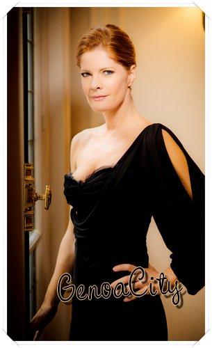 Phyllis Magnifique...