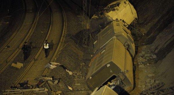 Espagne - 78 morts dans l'accident de train, le plus meurtrier en Espagne depuis 1944