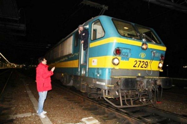 attention la gréve risque de continuer ce matin     sur le chemin de fer dans le Hainaut