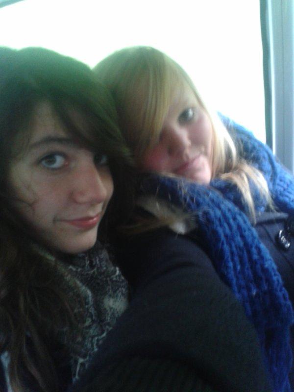 Dans Le Bus Pour Allé Dans Les Vosges Avec Ma Soeur <3