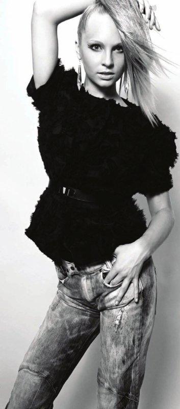Candice Accola photoshoot