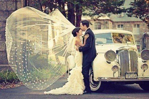 L`homme qui traite sa femme comme une princesse est la preuve qu`il a été élevé dans les bras d`une reine. ♥