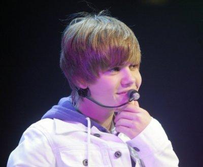 Justin Bieber : Pour lui, une fan se fait pipi dessus !