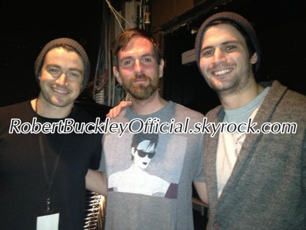 Rob The 11/03/2012 With James Lafferty And 11/05/2012
