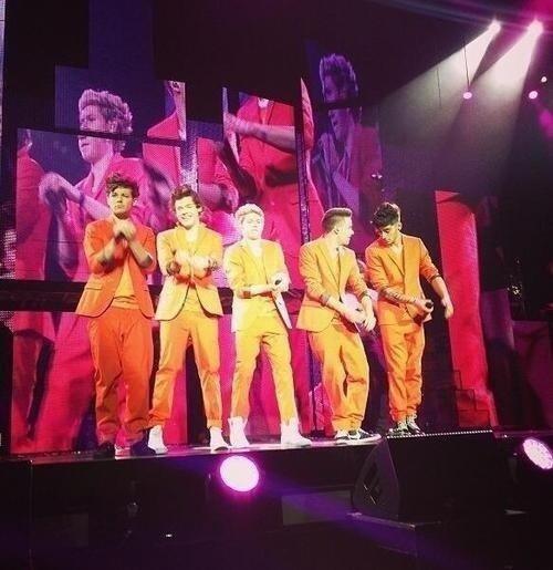 Les boys a Amsterdam sur scène