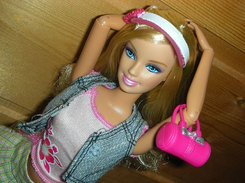 Barbie Fashionista Girly