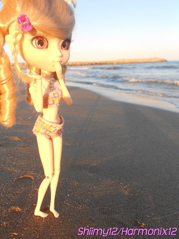 Séance Photo-PhotoShoot n°5------>Mes vacances 2012 vers Beziers,Alice et Shinuka à la plage !