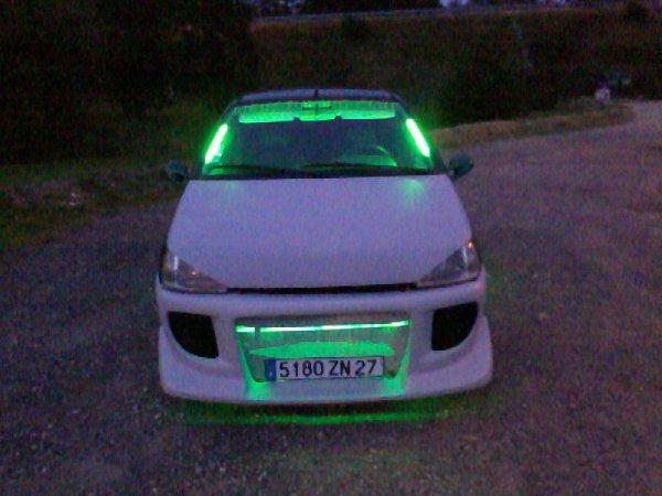 mai neon