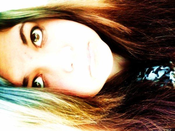Voili voilou x) J'ai pas changé, toujours aussi moche :3