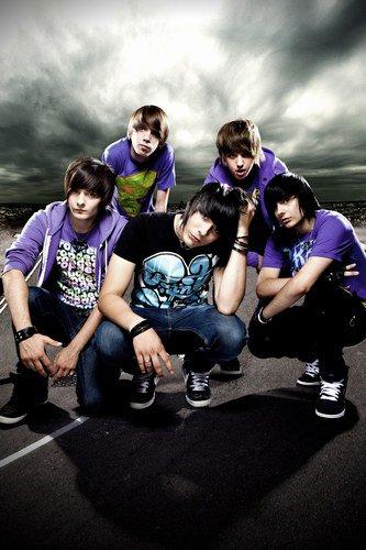 nouveau  groupe de rock chanteur  Eskemo