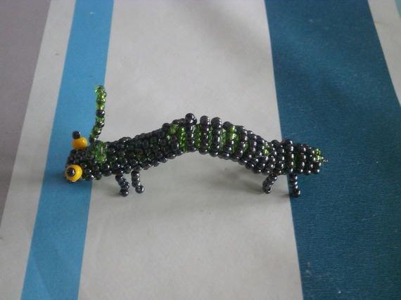Lézard - Dragon en perles de rocailles.