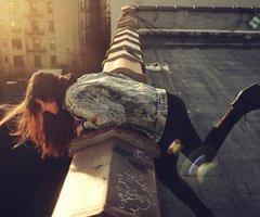 T'aimer, c'est Souffrir en silence. †
