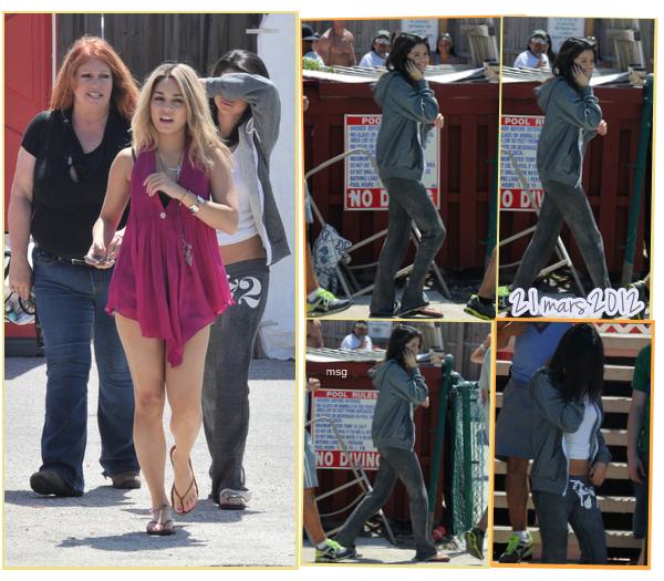 --21 mars 2012 - Nos 4 Spring Breakeuses étaient sur le set du film pour tourner une scène de fête. --