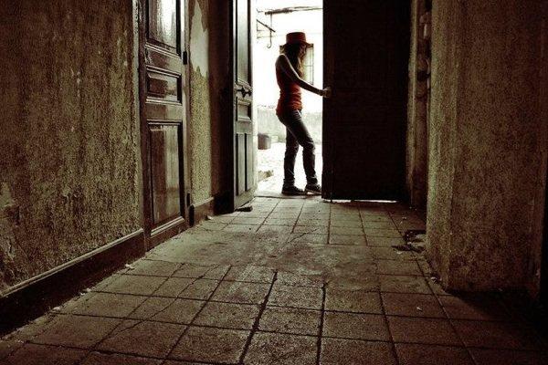 Avec toi j'avais un bel avenir, mais s'il te plait repense a moi, garde moi encore auprés de toi.. :