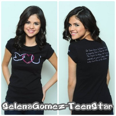 15/09_Nouvel photo de Selena posant pour sa collection Dream Out Loud