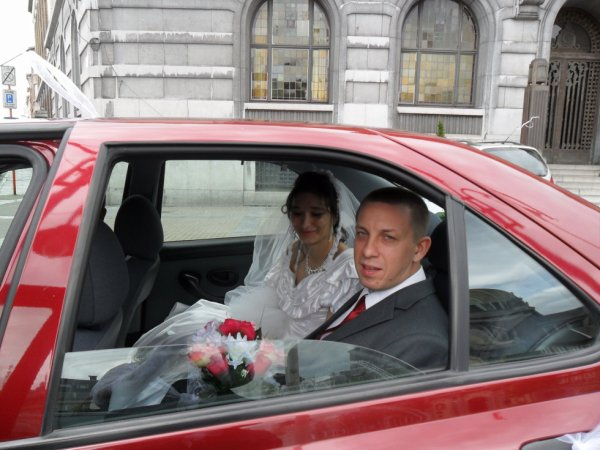 mon mari et moi on sais marie le 20/07/2012