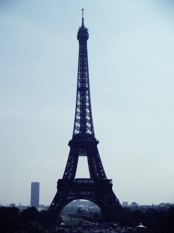 Alalala ; Paris.