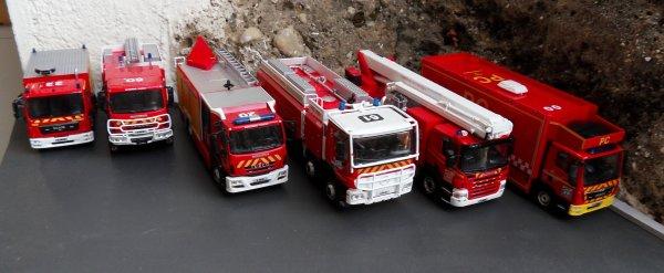 6 véhicules de lutte contre les incendies Ixo