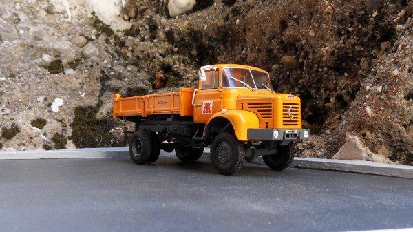 Berliet L64 Ixo