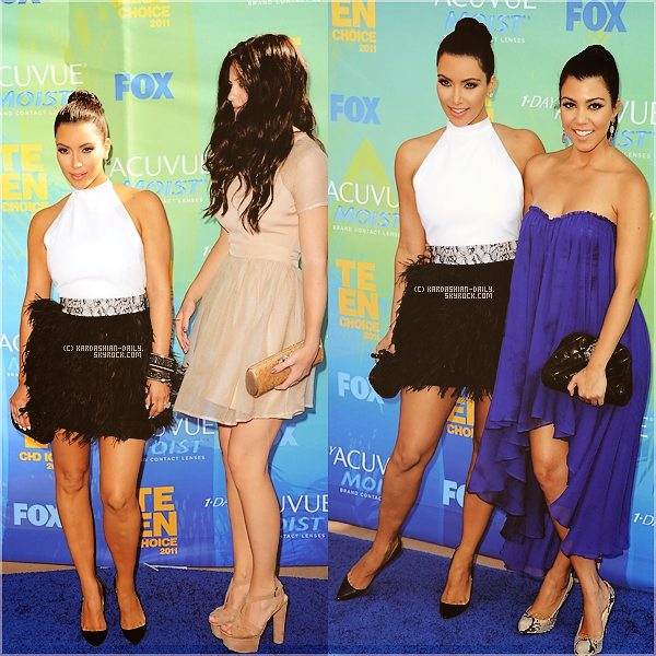 .   CEREMONIE 07.08.11 : Kim à la cérémonie des Teen Choice Awards 2011, à Los angeles.  .
