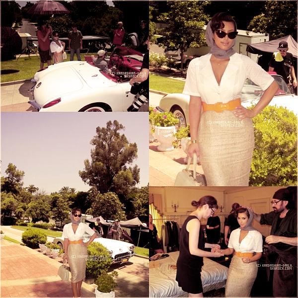 .  APPARITION 17.08.11 : Nouvelles vidéos lors de la soirée de lancement de la Kardashian Kollection. .