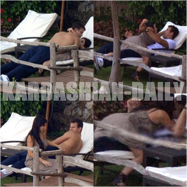 .  CANDIDS 23.08.11  : Kim et Kris Humphries se relaxent à la côte Amalfitaine, en Italie  .