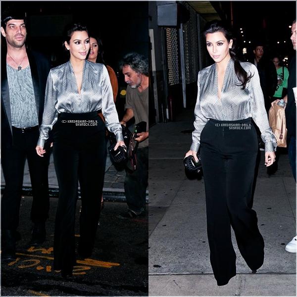 .  CANDIDS 09.10.11 : Kim a été photographiée en compagnie de son mari allant au Westside Théâtre.  .
