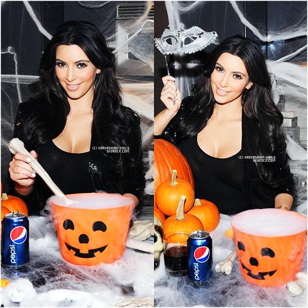 .   APPARITION 10.11 : Kim était présente à l' X Factor Viewing Party à Los Angeles .
