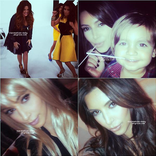 _ ► Twitter   : voici 4 nouvelles photos postées par Kim via son Twitter. On y voit Kim avec ses soeurs, avec Mason ou encore avec sa perruque blonde.  _