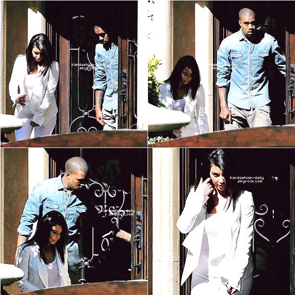 _ ►Candids 29.06.12 : Kim et Kanye se rendent à un hôpital pour enfants. Depuis hier, Kanye reste à la maison de Kim à Beverly Hills. _