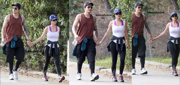 01/02 : Katy & John en sortie à LA // 26/01 : Katy sortant du restaurant Pink Taco