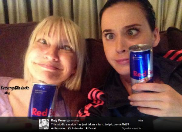 Katy et Sia en studio ! + Partage d'une vidéo coup de coeur de Katy // Russel Brand commente la relation Kathon // Katy lance sa marque de vêtements !