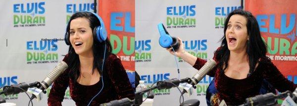 +  12/08 : Katy dans l'émission de radio de Elvis Duran. // 13/08 : Interview téléphonique pleines d'infos pour On-Air (Avec traduc') //  + Vidéo Promo VMA 2013 // + Who You Love : Duo Kathon.