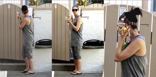 21.08 : Sortie à LA //  25.08 : Soirée des VMA's : Venez voter pour le titre que présentera Katy !