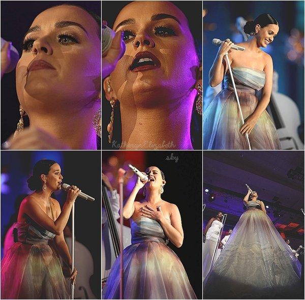 +  26.07 : Starkey Gala // 24.07 : Concert privé (Orlando) // Couverture : Vogue Japon // INSTAGRAM // + INFOS