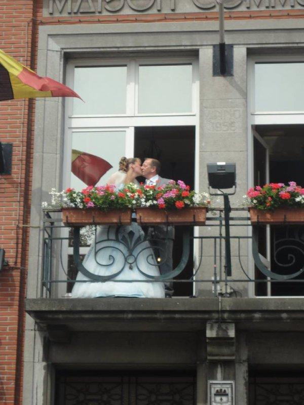 a la belgique ma niece et sont mari pour le baiser