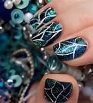 voila une tres belle manicure