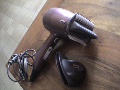 Seche cheveux lisseur beliss - LA BROCANTE A VIOLETTE dc2211dca912