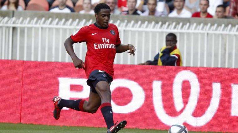 Maillot Porté Du PSG Par T. Makonda en 2010-2011 (domicile)