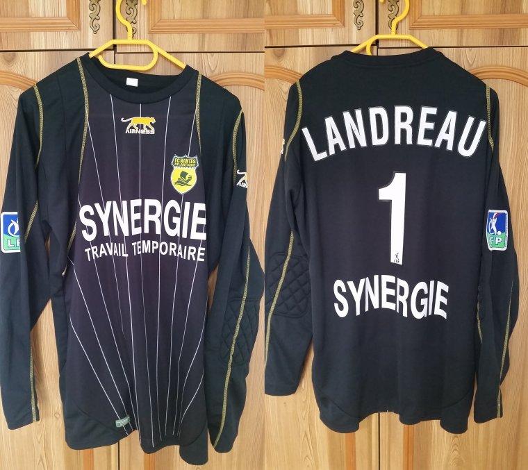 Maillot Du FC Nantes Porté Par Mickaël Landreau (2005-2006)