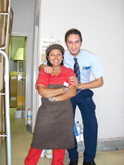 YO Y CAROL , UNA AMIGA . EN EL DIA MARKET DE BALAGUER ( LLEIDA )
