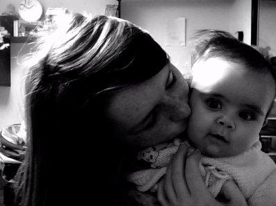 moi et mon bébé ses ma chérie ♥ !